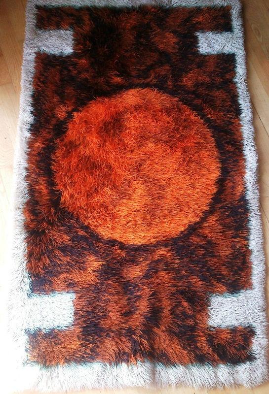 orange circle rya