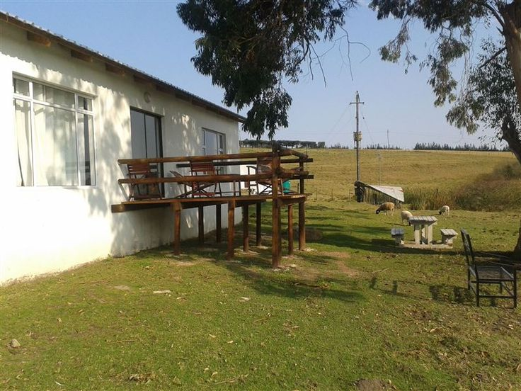Knoetziekamma Self-catering - Set upon a beautiful in the scenic town of George, Knoetziekamma Self-catering offers the ideal destination for an idyllic getaway.  It is a great option for small groups visiting this part of the Garden ... #weekendgetaways #george #gardenroute #southafrica