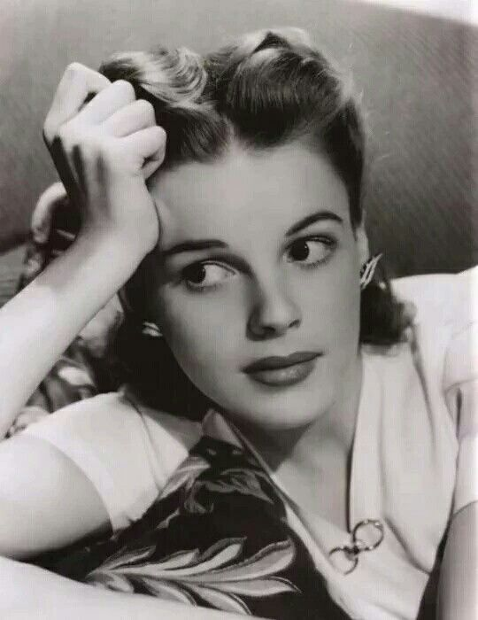 25+ Best Ideas About Judy Garland On Pinterest   1940s ...