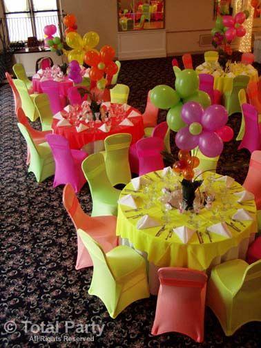 Mad Hatter Tables Multicolor Balloon Table decor party Globos multicolor decor mesas celebracion fiesta