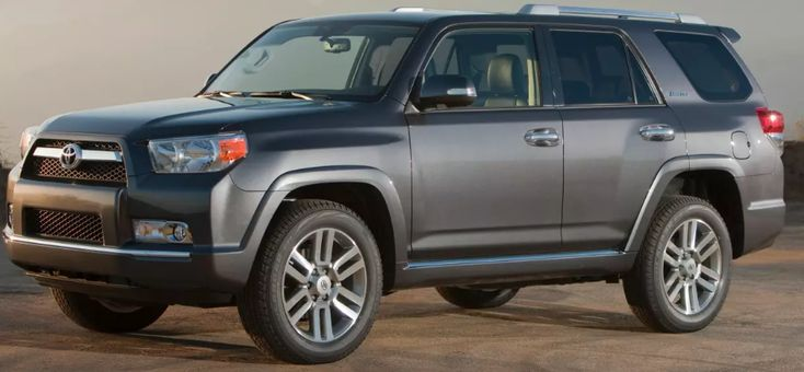 2013 Toyota 4Runner Owners Manual –The Toyota 4Runner is developed for durability and all of-terrain capacity. Using durable body-on-body building, the 4Runner is supposed to have been a hard and dependable sports utility for the much more daring operator. All 2013 Toyota 4Runners are run ...