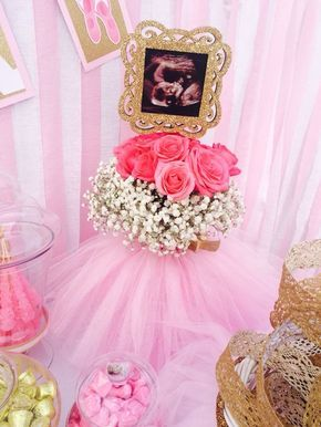 Ultrasound Centerpiece | DIY Baby Shower Ideas for a Girl