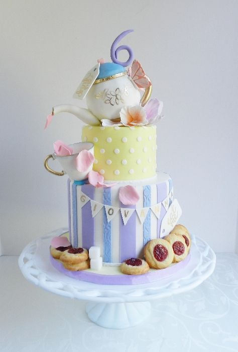 Who can make Katie this cake!