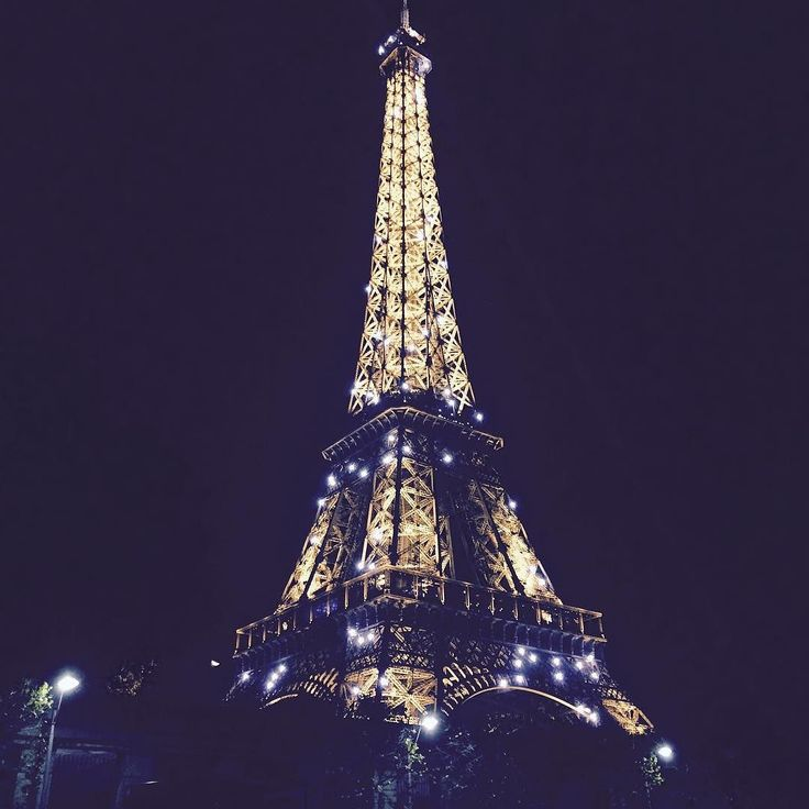 Ночной Париж by starovoytovaa_olesya