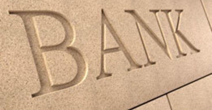 5 Ways Banks Are Using Social Media #Banks #Socialmedia