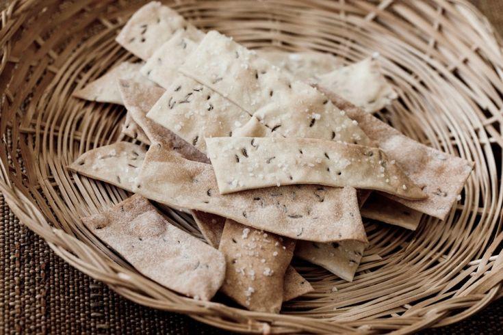 Crackers di farro al cumino ricetta