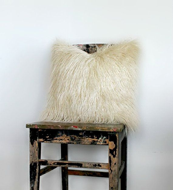 Hey, I found this really awesome Etsy listing at https://www.etsy.com/il-en/listing/236178487/luxury-ivory-faux-fur-pillow-ivory-fur