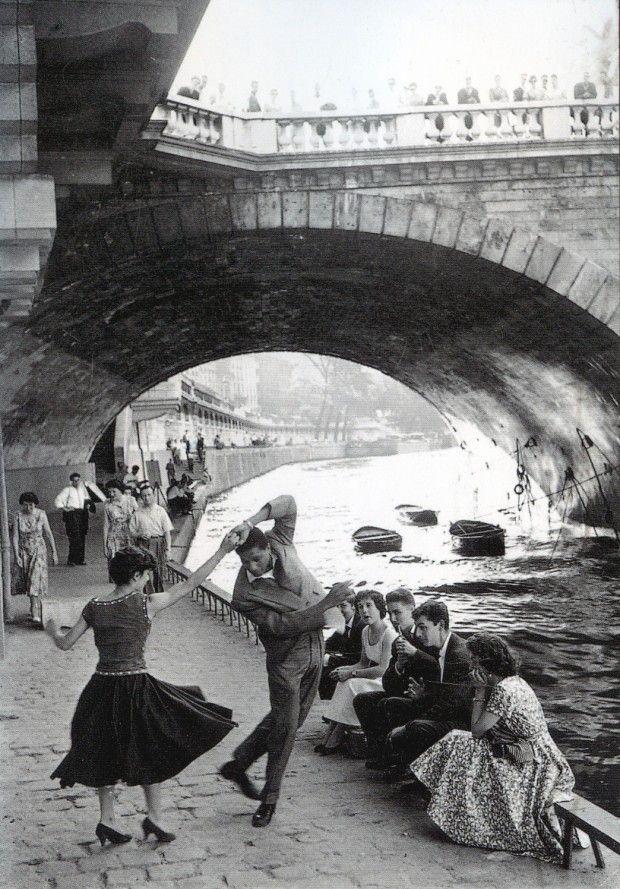 [CasaGiardino] ♡ c. 1950s: Rock 'n' Roll sur les Quais de Paris ~ Paul Almasy, AKG Images.