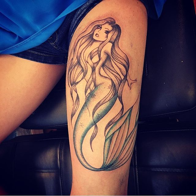 thigh-lovely-mermaid-tattoos Awesome #Mermaid #Tattoo examples & Ideas For those who love ocean princess!