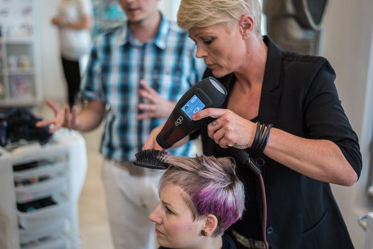 Edukacija o korištenju noviteta; NIOPHLEX, Color Bomb, POW'R. Zagreb 01.07.2015. Edukatortica Linda Quebec, IdHAIR, Danska
