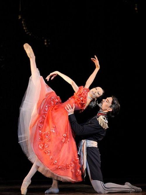 John Cranko, Onegin, and Isabelle Ciaravola, French ballerina with the Paris Opera Ballet. Ballet beautie, sur les pointes !