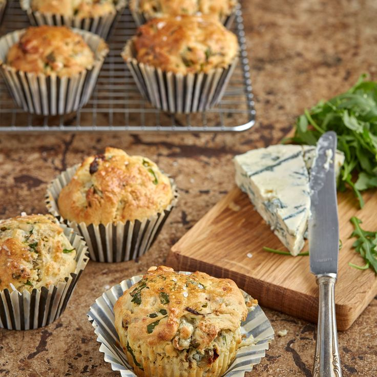 Matiga muffins som passar bra att servera på en buffé eller att ta med på en mysig picknick.