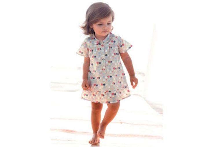 Robe d'été pour petite fille - Col claudine, robe beige à pois blancs, corails et noirs #mode #fille #ado #enfant #été #tendance #hiver #ete #printemps #ronde #automne #ikks #robe #bébé