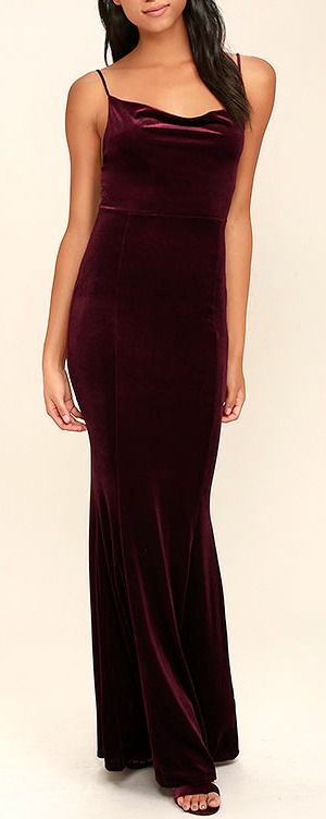 You don't need magical powers to cast a spell on that special someone, just slip into the Sorceress Burgundy Velvet Maxi Dress! Soft and stretchy velvet is absolutely enchanting across skinny straps, a draping neckline, and a figure flaunting maxi skirt with a mermaid hem. #lovelulus