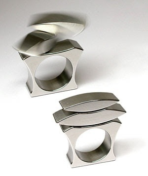 Kinetic Jewelry. Rings that move.