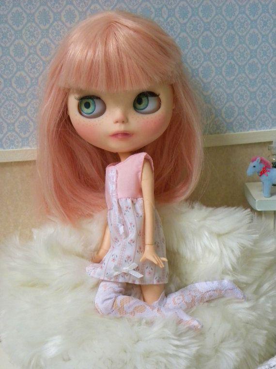 Custom Blythe Doll / zchátralé šik oblečení / punčochy