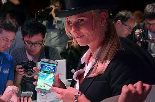 5 Best Smartphones for the Media Junkie