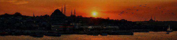"Istambul sunset | <b>[005/2013]  <b>Una SUPER-PANORÁMICA para desearos un FELIZ FIN DE SEMANA</b> <b>one SUPER-PANORAMIC VIEW to wish you a HAPPY WEEKEND</b>  <a href=""http://www.flickr.com/photos/jesuscm/8072093380/lightbox/"" target=""_blank""><b>Indispensable View On Large - Imprescindible Ver en Grande </b></a>│ <a href=""http://jesuscm.com/"" target=""_blank"" rel=""nofollow""><b>jesuscm.com</b></a> │ <a href=""http://www.flickr.com/groups/jesuscm_favorites/"" ..."