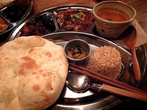 ダルプレート @ Shiva cafe 吉祥寺/ Curry, Brown Rice, Lunch, Vegan, ベジタリアン, 玄米, ネパール料理, カレー, ランチ