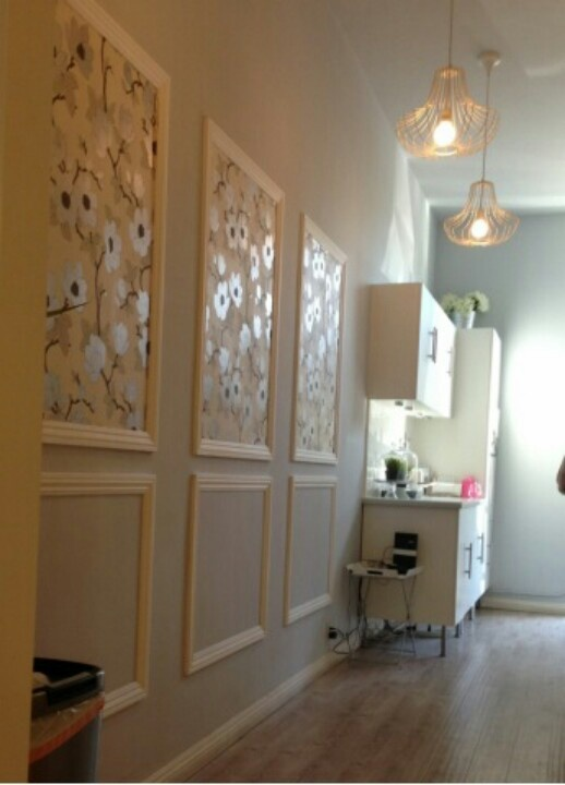 Wallpaper Framed Below Chair Rail Leather Dining Room