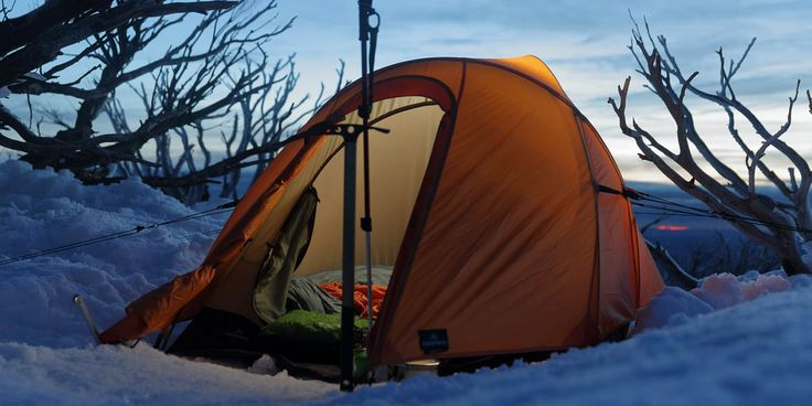 Learn what makes the best survival tent for your needs. Plus the Top 7 Best Survival Tents- emergency tents, lightweight tents, and winter survival tents.