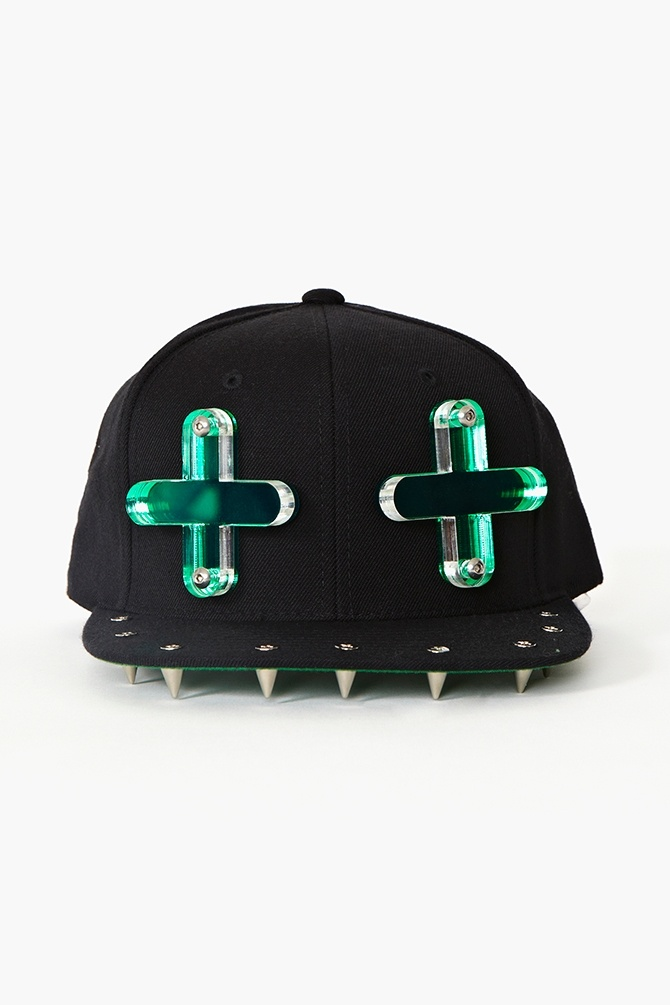 I know some of ya'll are thinking, yeah right, But I would totally rock this hat if I owned it