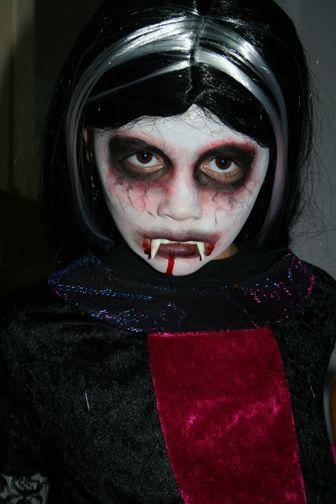 Kids Costume Vampire Queen