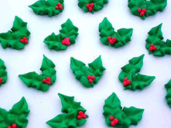 Edible royal icing Christmas holly  -- Handmade x-mas cake decorations cupcake toppers (50 pieces)