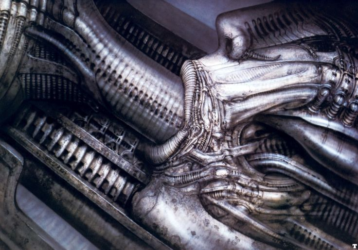 Promotheus sort aujourd'hui. Le mythe d'Alien n'existerait pas sans l'artiste suisse HR Geiger. Mon fantasme de collectionneur est deposséder une des oeuvre de Giger, en attendant voici mon Top 5, beaux rêves porno biomécaniques ! L'Origine du Mythe Giger Cat Giger Begoetterung  Temple du passage de la vie… eroto mechanics… The death bearing machine