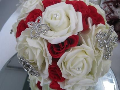 Red and white rose brooch bouquet... perfect for a fire and ice wedding @Cherry Jones