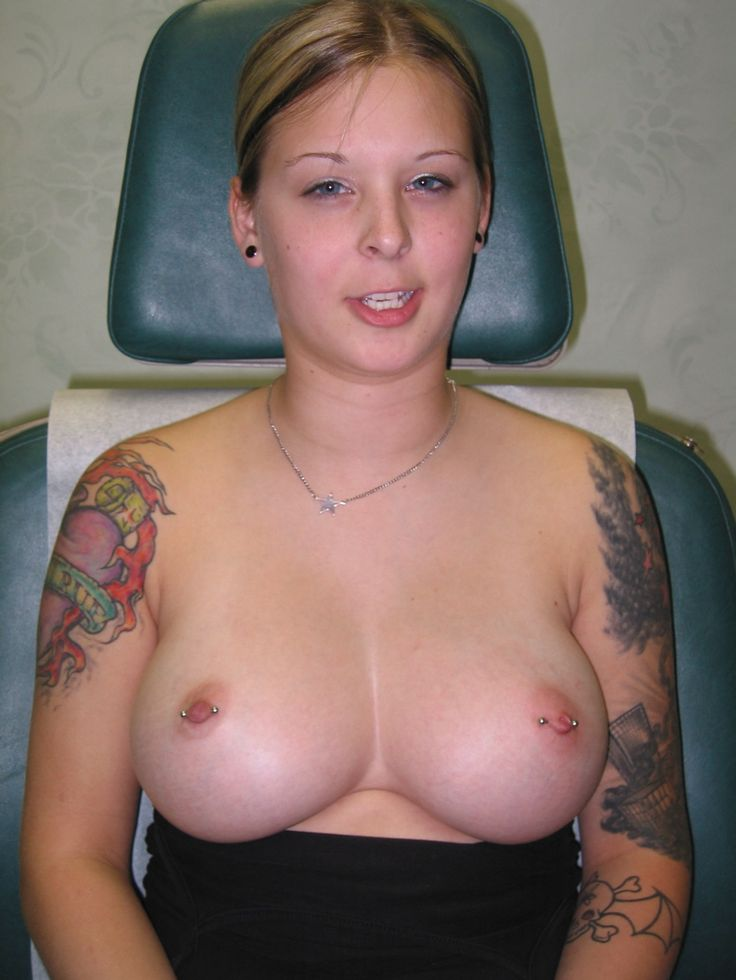 kvh piercing julia pink nackt