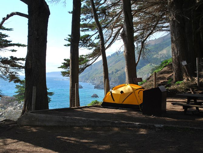 As a native Southern Californian, I grew up spending my summers in the outdoors and camping in some of California's most incredible campsites. Nothing beats a night bundled up by a campfire under the stars! Whether you prefer bumming it on the beach, dwelling