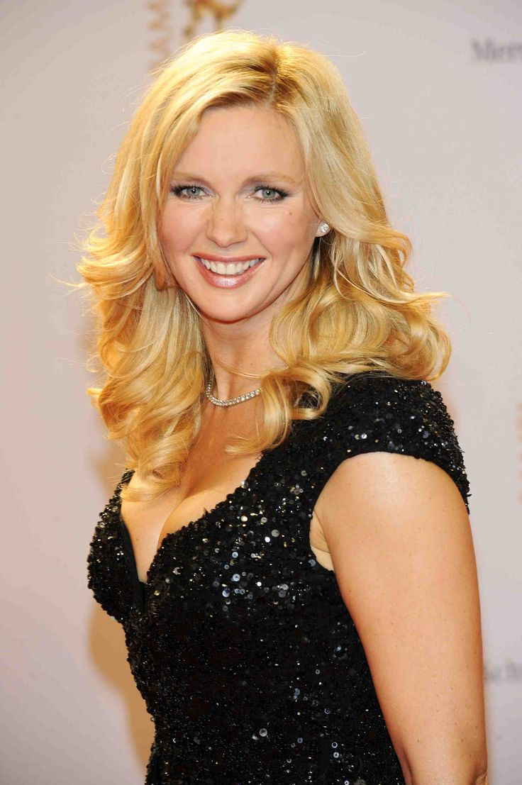 5585 Veronica Ferres 10+ ♥♥♥ { Solingen, Germany }  ]  German actress [  Info: https://en.wikipedia.org/wiki/Veronica_Ferres  Images; https://www.google.com/search?q=Veronica+Ferres&source=lnms&tbm=isch&sa=X&ved=0ahUKEwj-xI3I24bUAhWW14MKHQYQCA4Q_AUICigB&biw=1920&bih=901  Video: https://www.youtube.com/watch?v=hA2ssF5bGZA