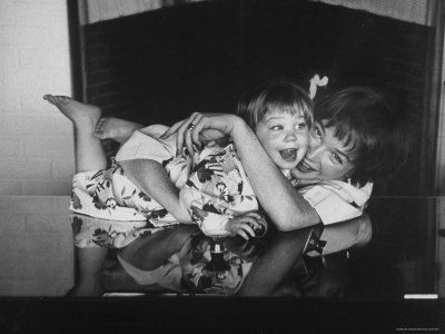 Actress Shirley MacLaine playing w/ her 2 1/2 yr old daughter Sachi Parker.