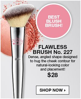 Best Blush Brush! Dense, angled shape designedto hug the cheek contour fornatural-looking colorand placement!