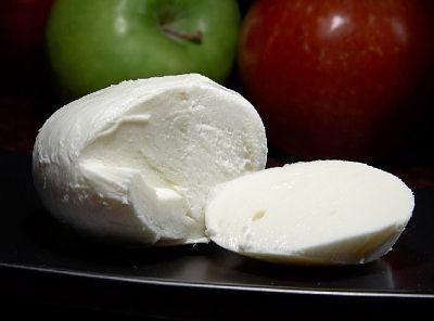 Gasztro: Készítsünk házi mozzarellát - recept - HVG.hu