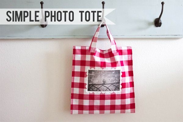 photo tote @Christina Fleming-Lane, looove it!Gift Bags, Totes Tutorials, Sewing Pattern, Bags Pattern, Totes Bags, Simple Photos, Tote Bags, Photos Totes, Crafter Tutorials