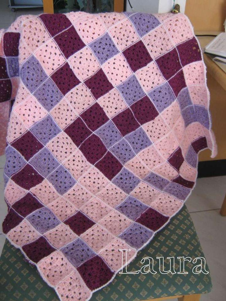 Cobijita para bebe con grannys http://creartemanualidades.forumr.net/t13479-cobijita-para-bebe-con-grannys#95002