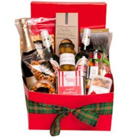 This is the perfect hamper to send to family or work colleagues. Enjoy it together with the ones close to you