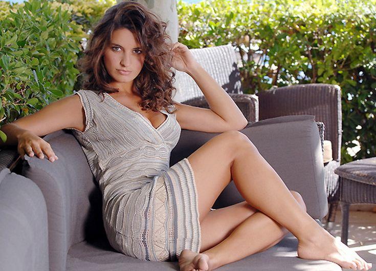 Laetitia Milot's Feet << wikiFeet