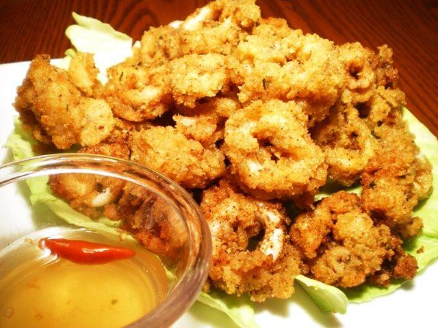 Calamares is the Filipino version of the Mediterranean breaded fried squid dish, Calamari.