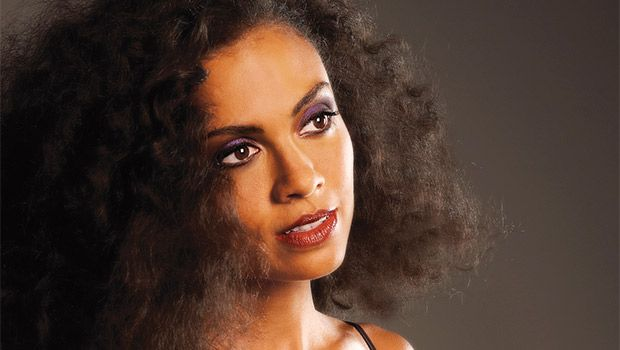 Thank you Bay State Banner for the great profile of Amel Larrieux - Blisslife Records, who will be opening this year's RISE series at the Isabella Stewart Gardner Museum next Thurdsay. For more information about RISE click here: http://bit.ly/2cQWdTm