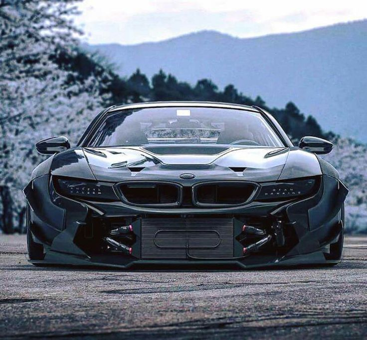 BMW i8 black widebody