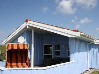 Ferienhaus 'La Mer' in Wesselburenerkoog: 3 Schlafzimmer, für bis zu 6 Personen. Großes Ferienhaus direkt am Nordsee Deich Garage Piratenschiff WLAN Fahrräder | FeWo-direkt
