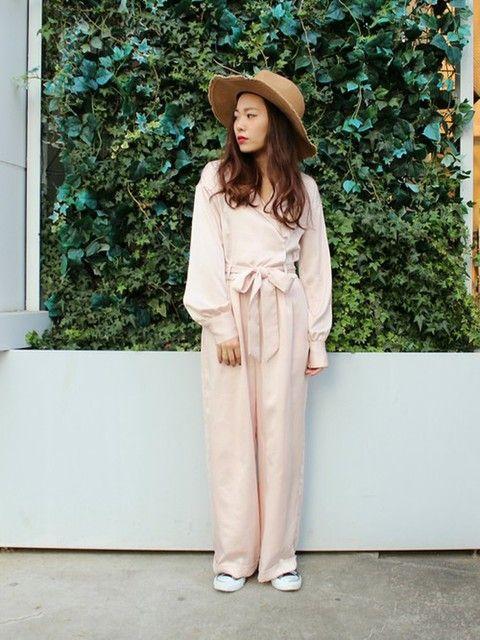 女優風キレイめワイドパンツのオールインワン 裏原系タイプのファッション スタイル参考コーデ♡