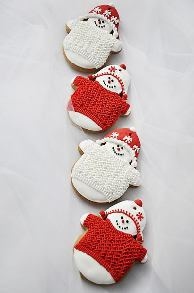 Christmas Cookies! Snowmen with textured sweaters