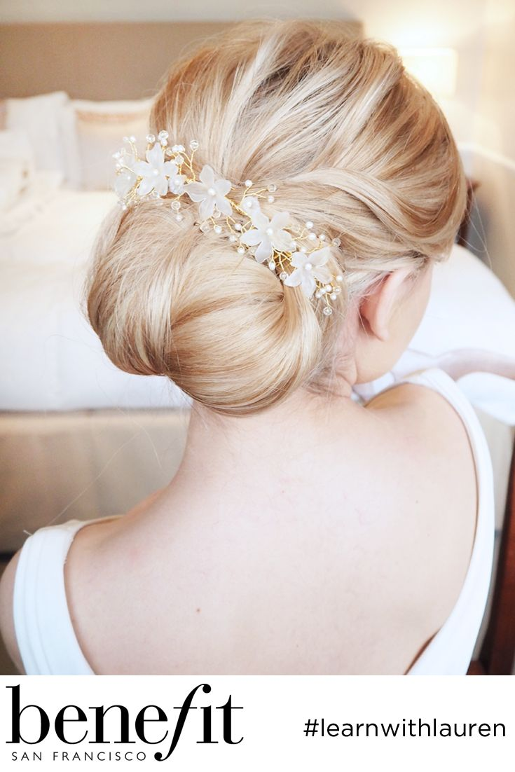 Gorgeous bridal hair accessory from @RainbowClubUK xx