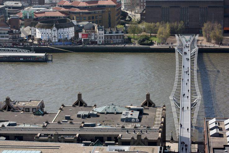 Globe theater and Millenium bridge