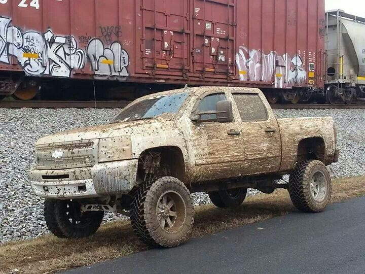 Nice to see a new truck with mud tires that actually has mud on it for once!
