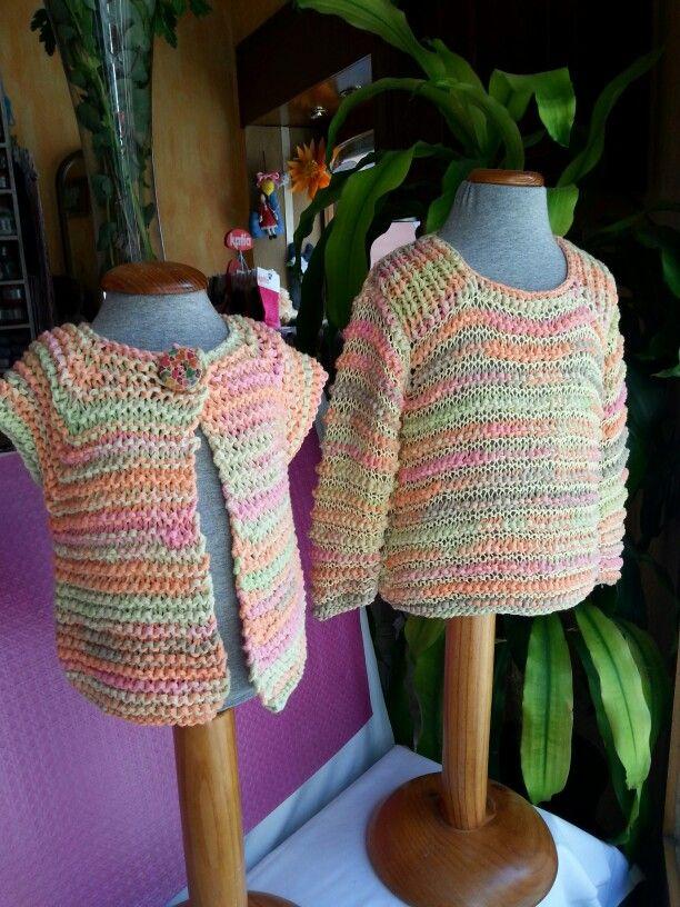 Prendas de niña  tejidas con cinta e hilo de algodón  de #katia